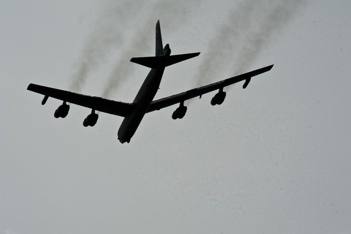 Bien doi B-52 My xam nhap bien Okhotsk, Nga dieu loat tiem kich giam sat-Hinh-15