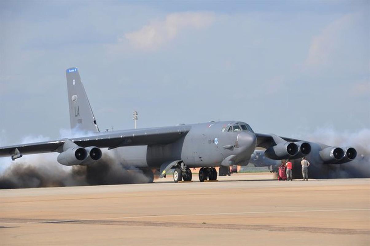 Bien doi B-52 My xam nhap bien Okhotsk, Nga dieu loat tiem kich giam sat-Hinh-21