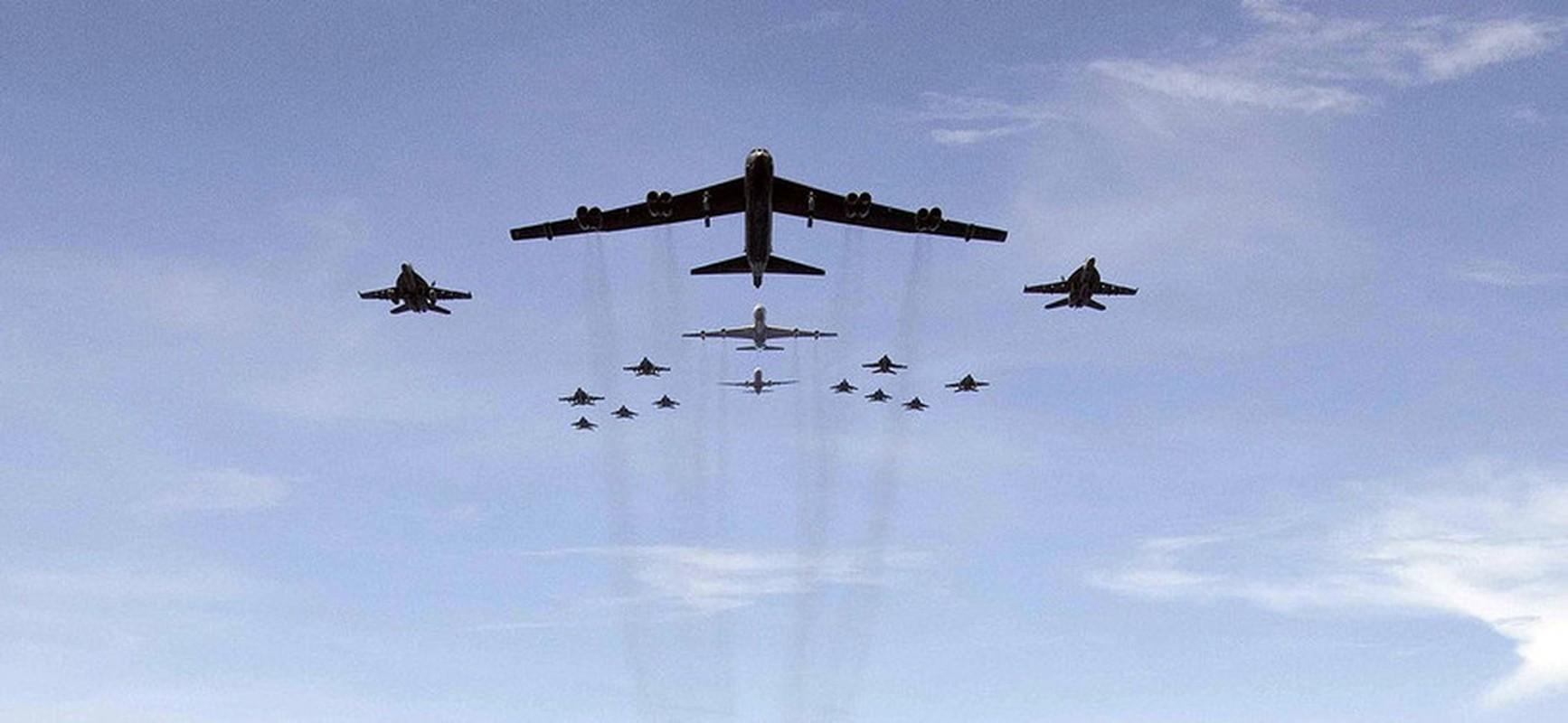Bien doi B-52 My xam nhap bien Okhotsk, Nga dieu loat tiem kich giam sat-Hinh-22