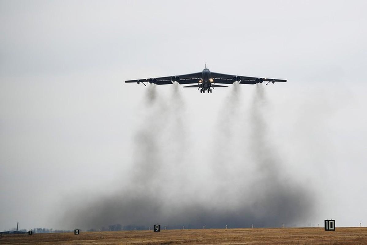 Bien doi B-52 My xam nhap bien Okhotsk, Nga dieu loat tiem kich giam sat-Hinh-23