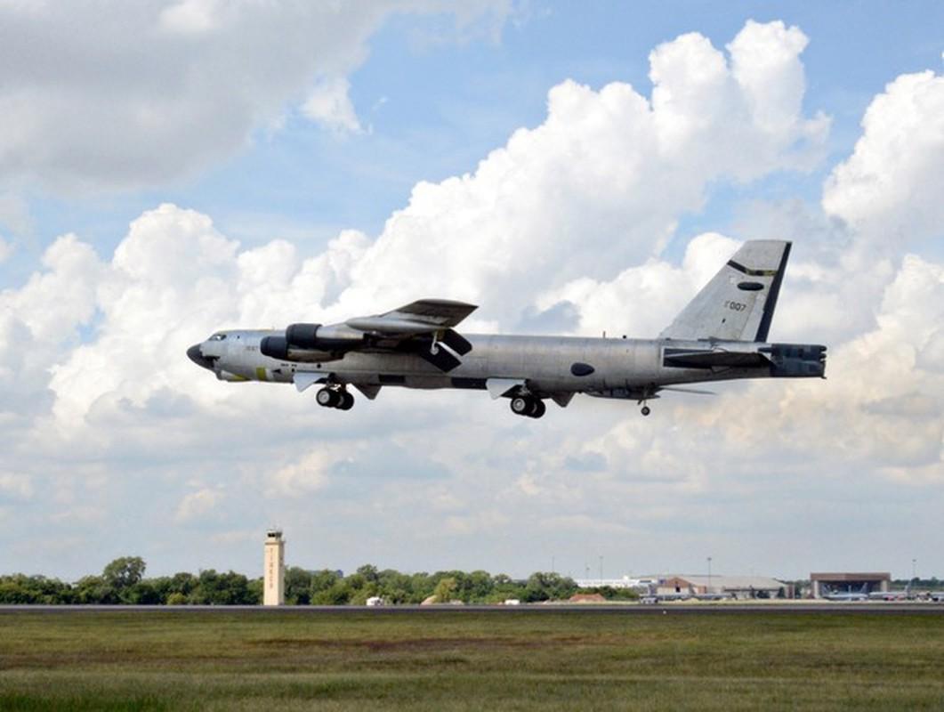 Bien doi B-52 My xam nhap bien Okhotsk, Nga dieu loat tiem kich giam sat-Hinh-24