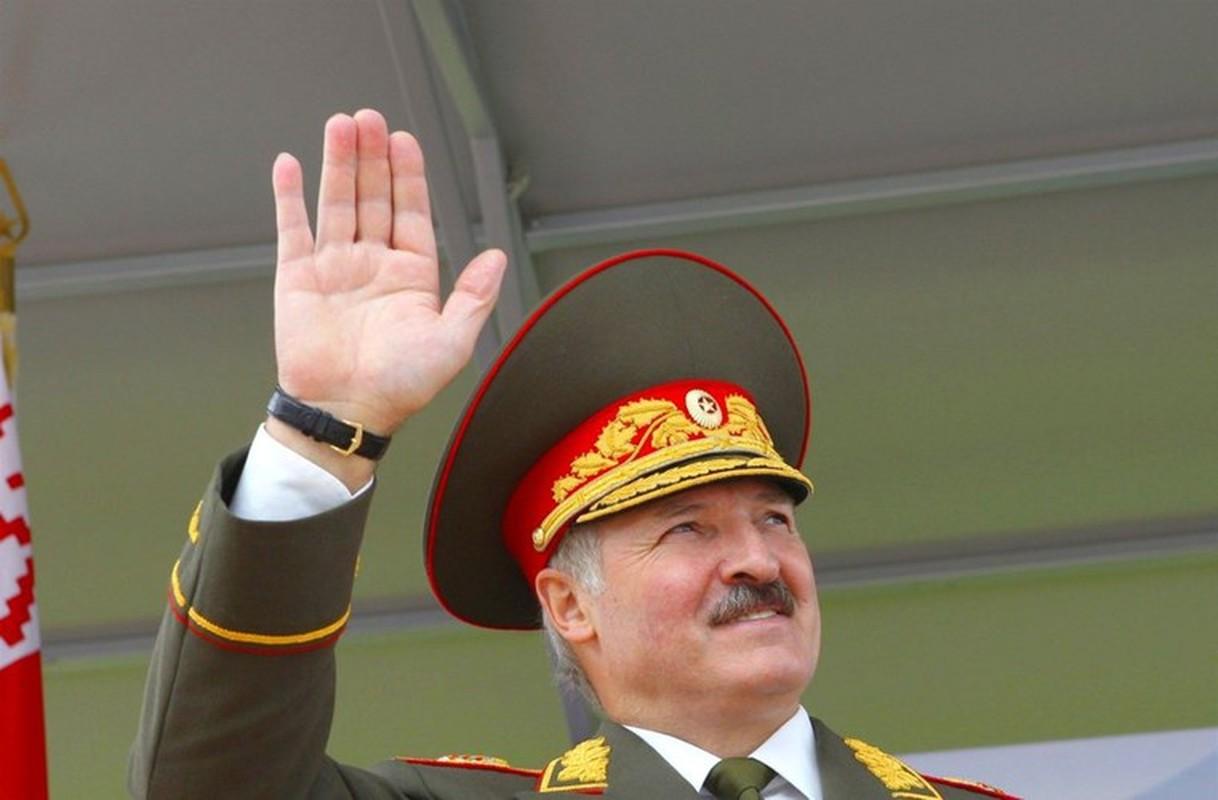 Belarus lien tuc cung cap vu khi cho Ukraine khien Nga gian