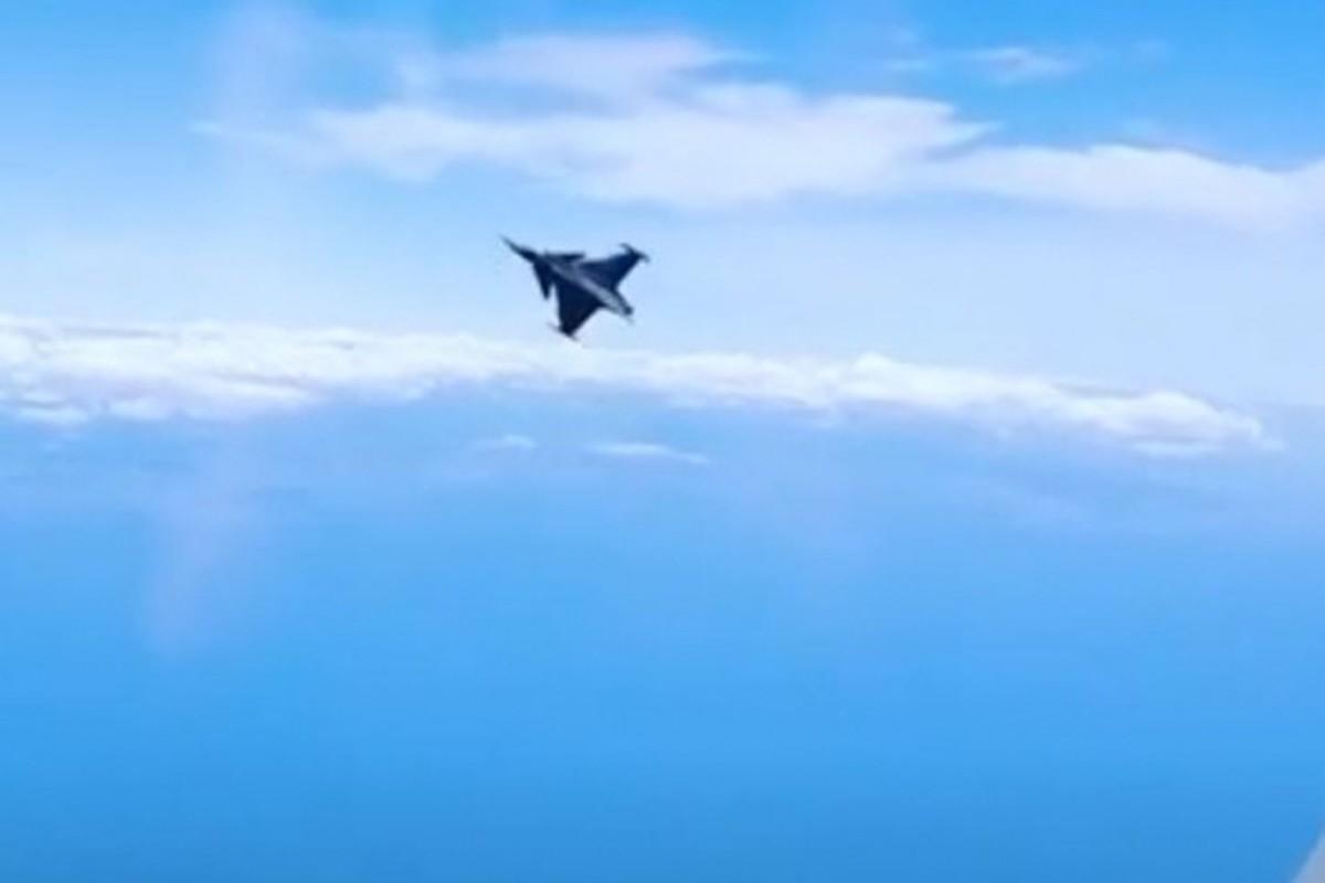 Tiem kich JAS-39 Gripen Thuy Dien cuc co dong, co