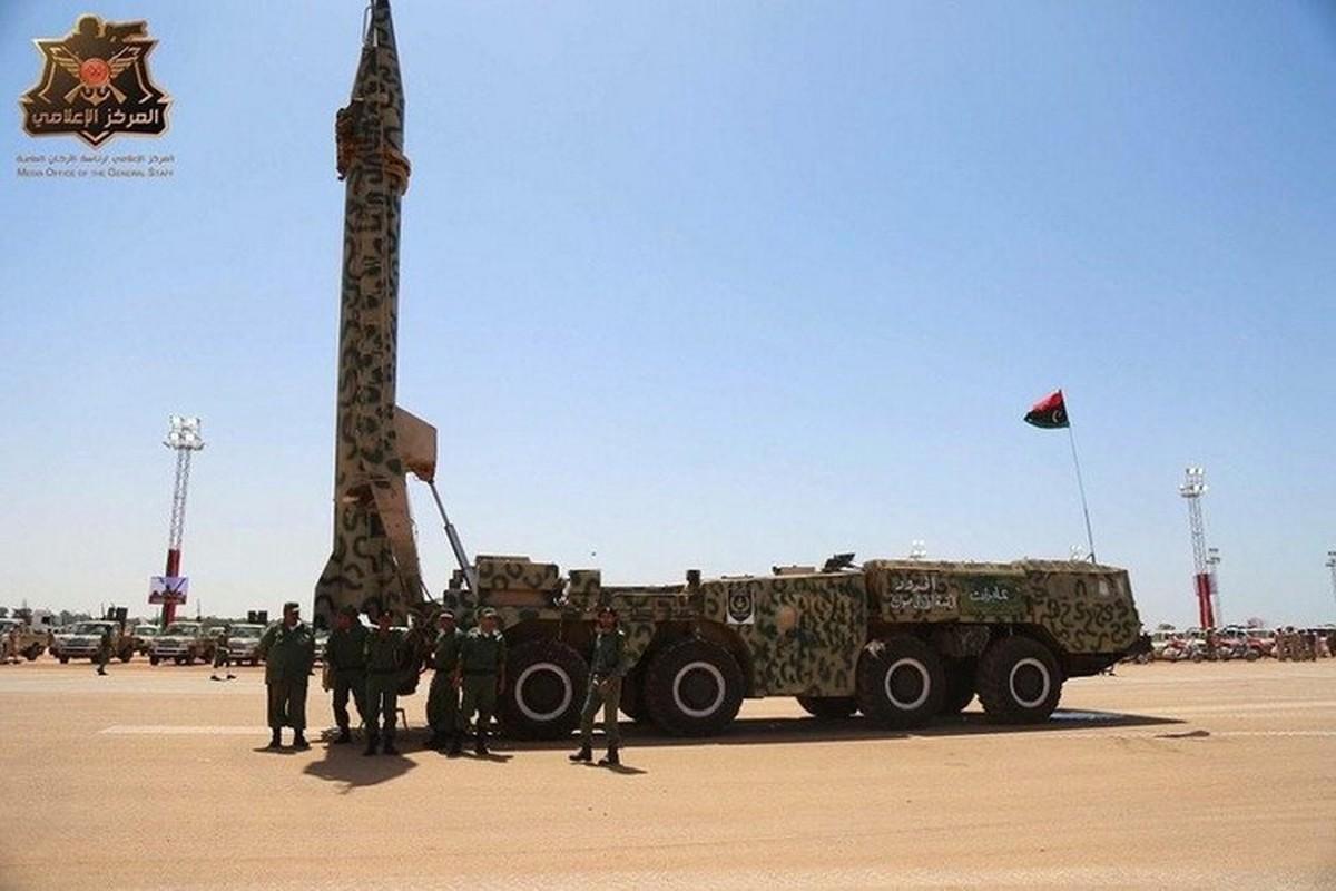 Quan doi Quoc gia Libya dung ten lua Scud-B chong lai Tho Nhi Ky-Hinh-13