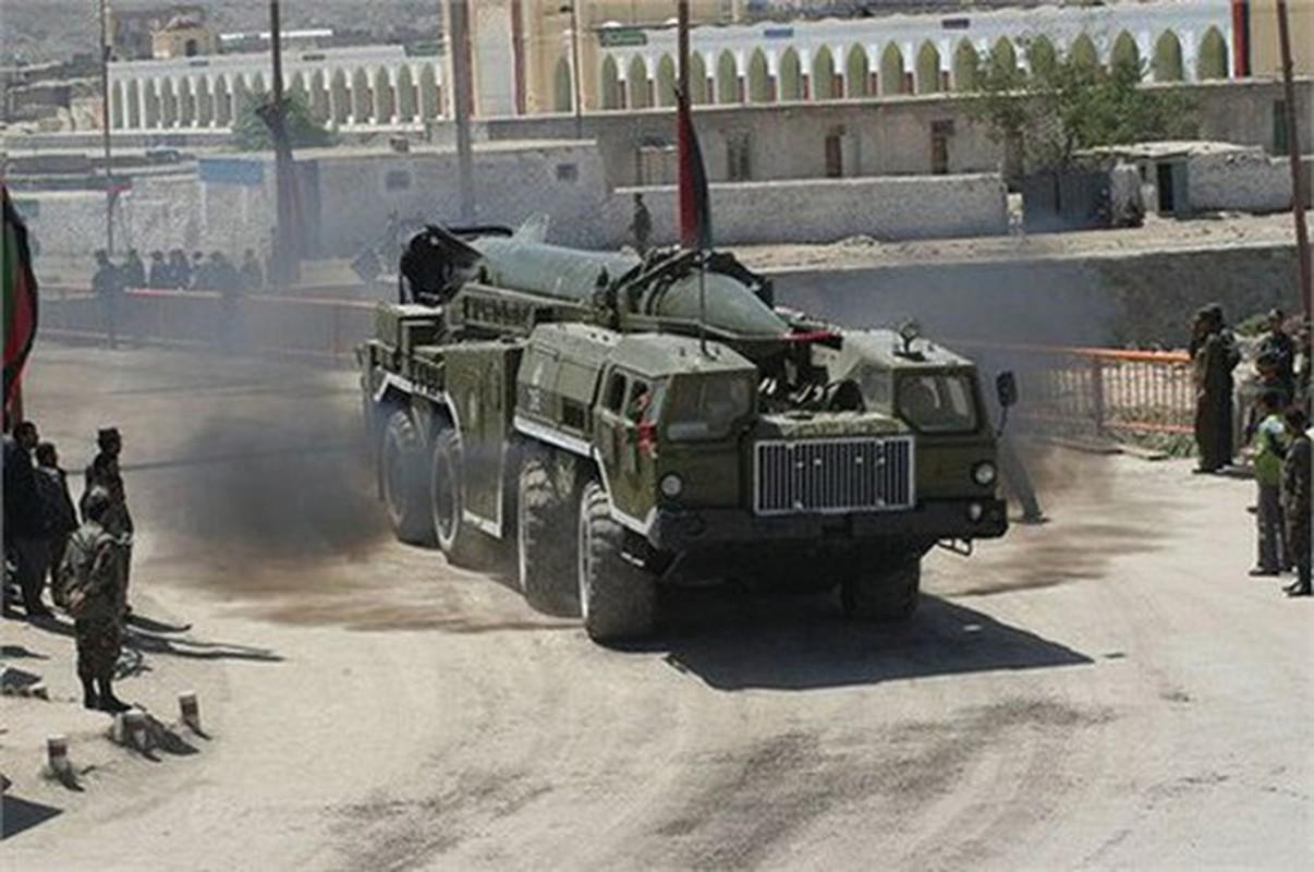 Quan doi Quoc gia Libya dung ten lua Scud-B chong lai Tho Nhi Ky-Hinh-3