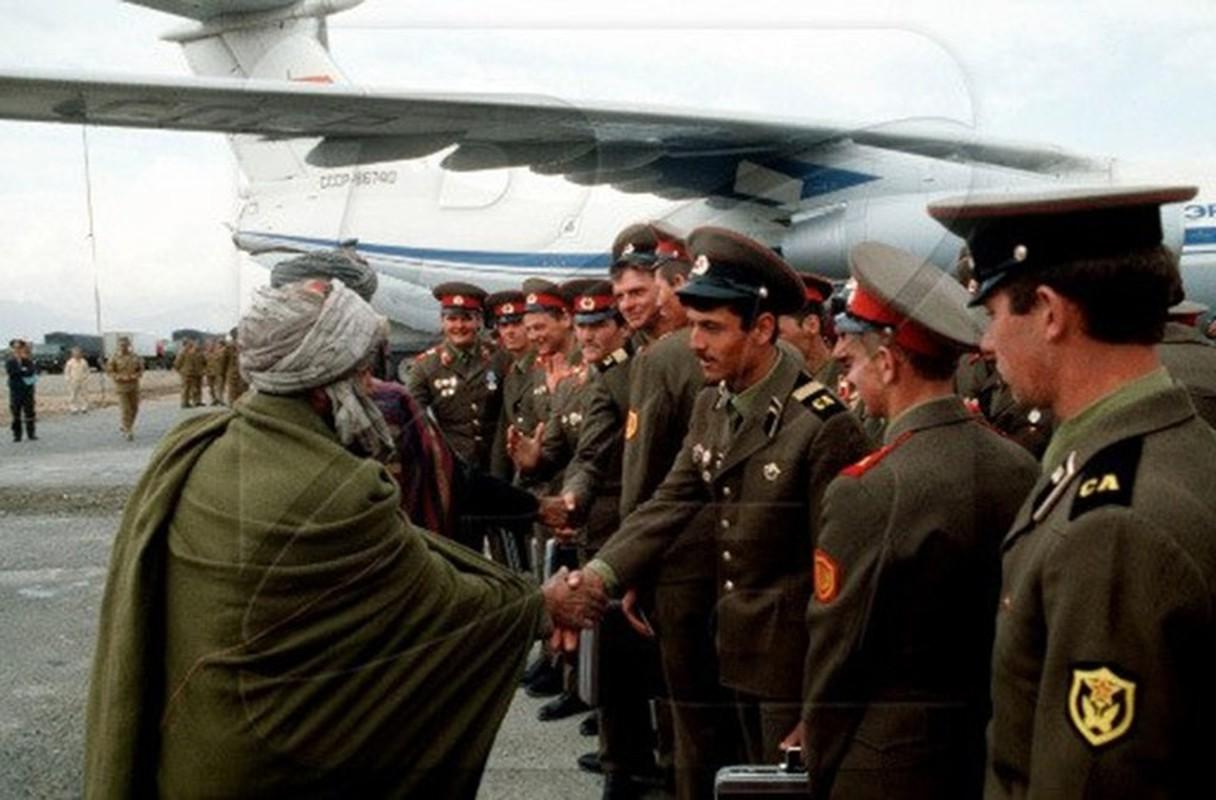 Hinh anh cuc doc ve binh si, vu khi Hong quan Lien Xo o Afghanistan-Hinh-16