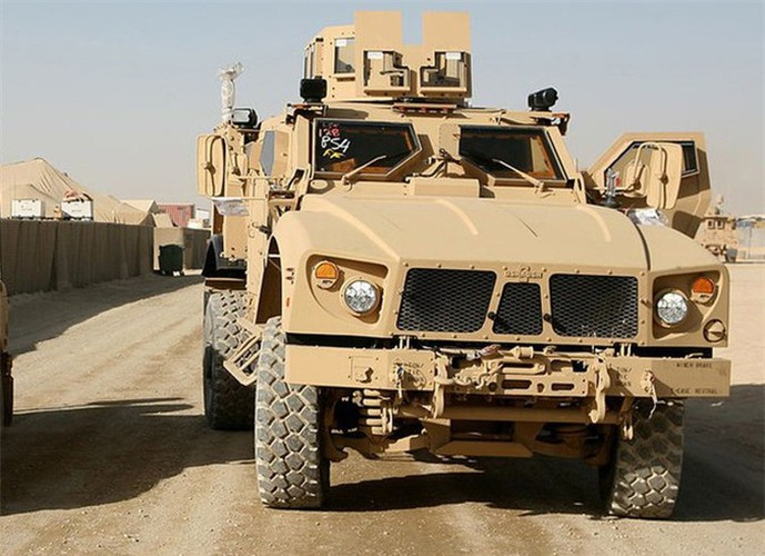 Dam vao thiet giap Nga, xe boc thep M-ATV My lat ngua o Syria-Hinh-11