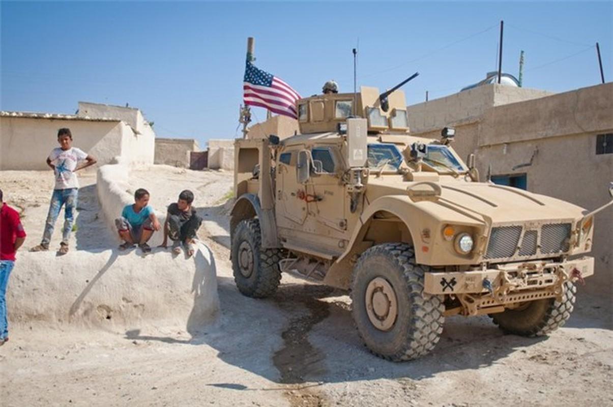 Dam vao thiet giap Nga, xe boc thep M-ATV My lat ngua o Syria-Hinh-15
