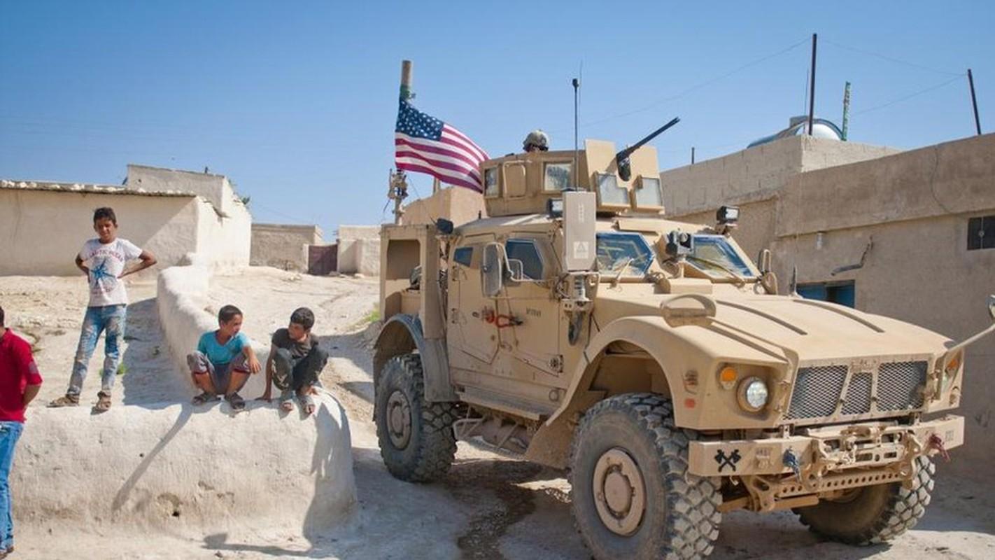 Dam vao thiet giap Nga, xe boc thep M-ATV My lat ngua o Syria-Hinh-9