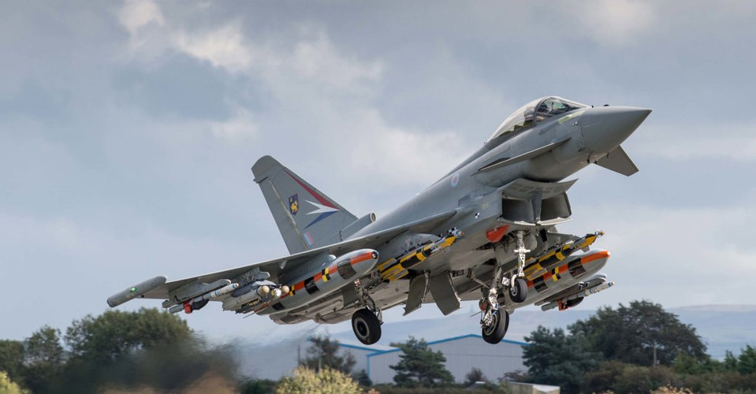 Quan tam Eurofighter Typhoon cua Ao, Indonesia huy hop dong mua Su-35 Nga?-Hinh-10