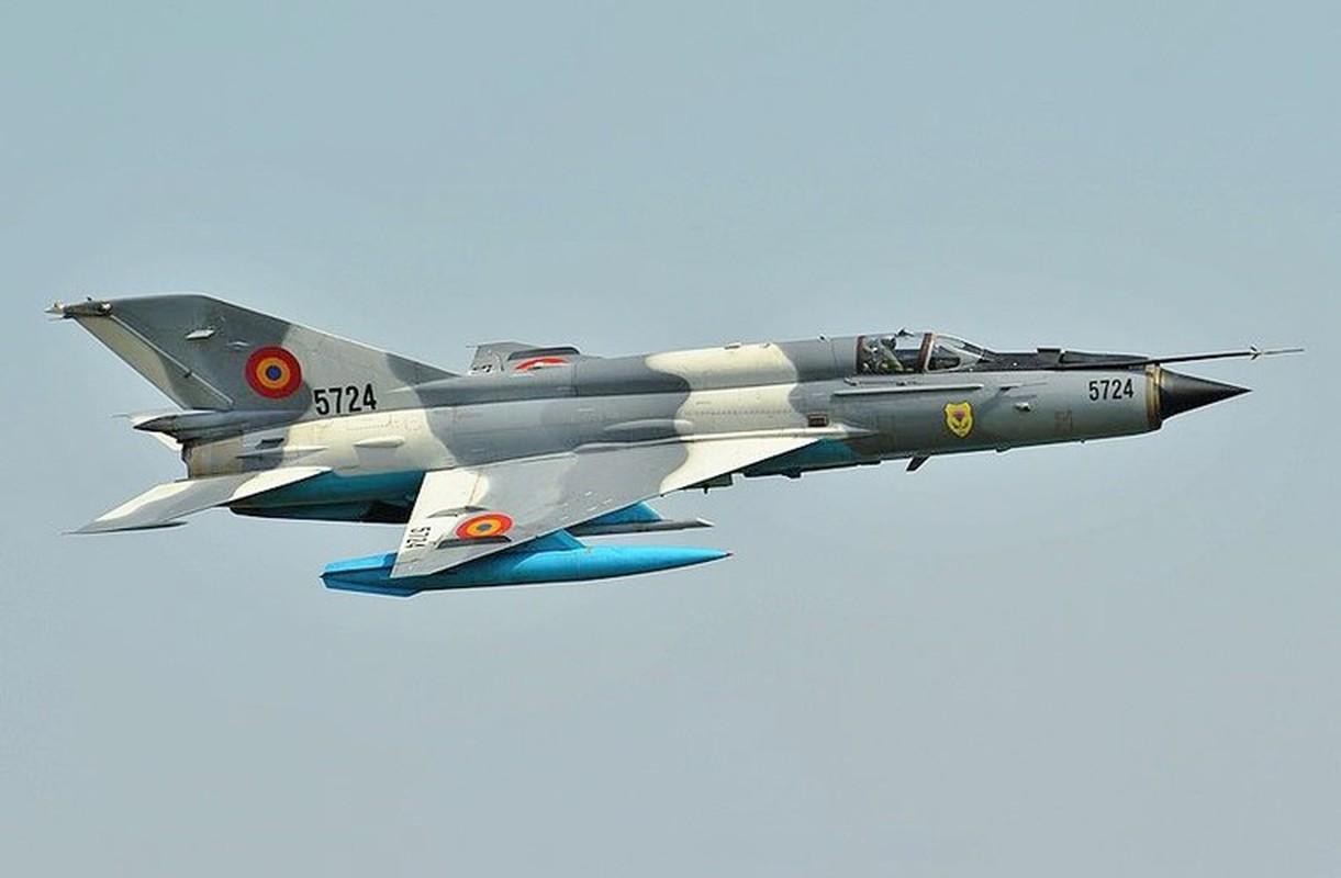 Tiem kich MiG-21 LanceR Romania vua lao len chan dau Tu-22M3 Nga-Hinh-16