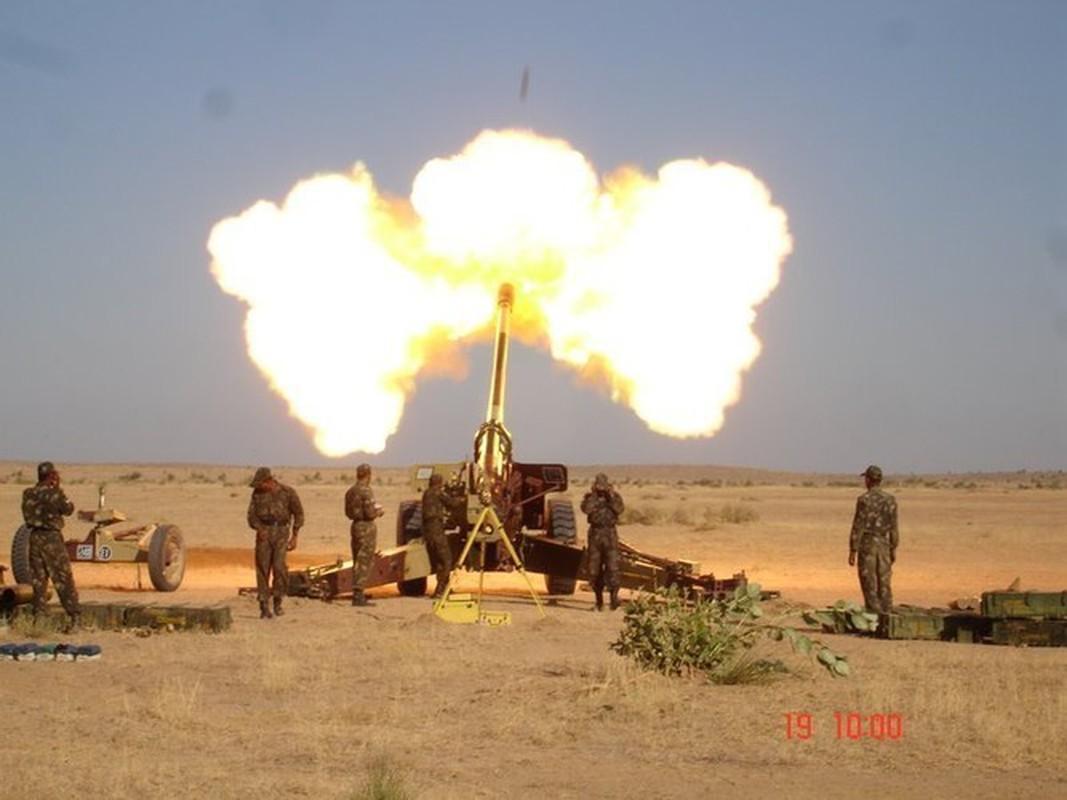 Luu phao M-46 Lien Xo bat ngo ap sat bien gioi Trung Quoc-Hinh-4
