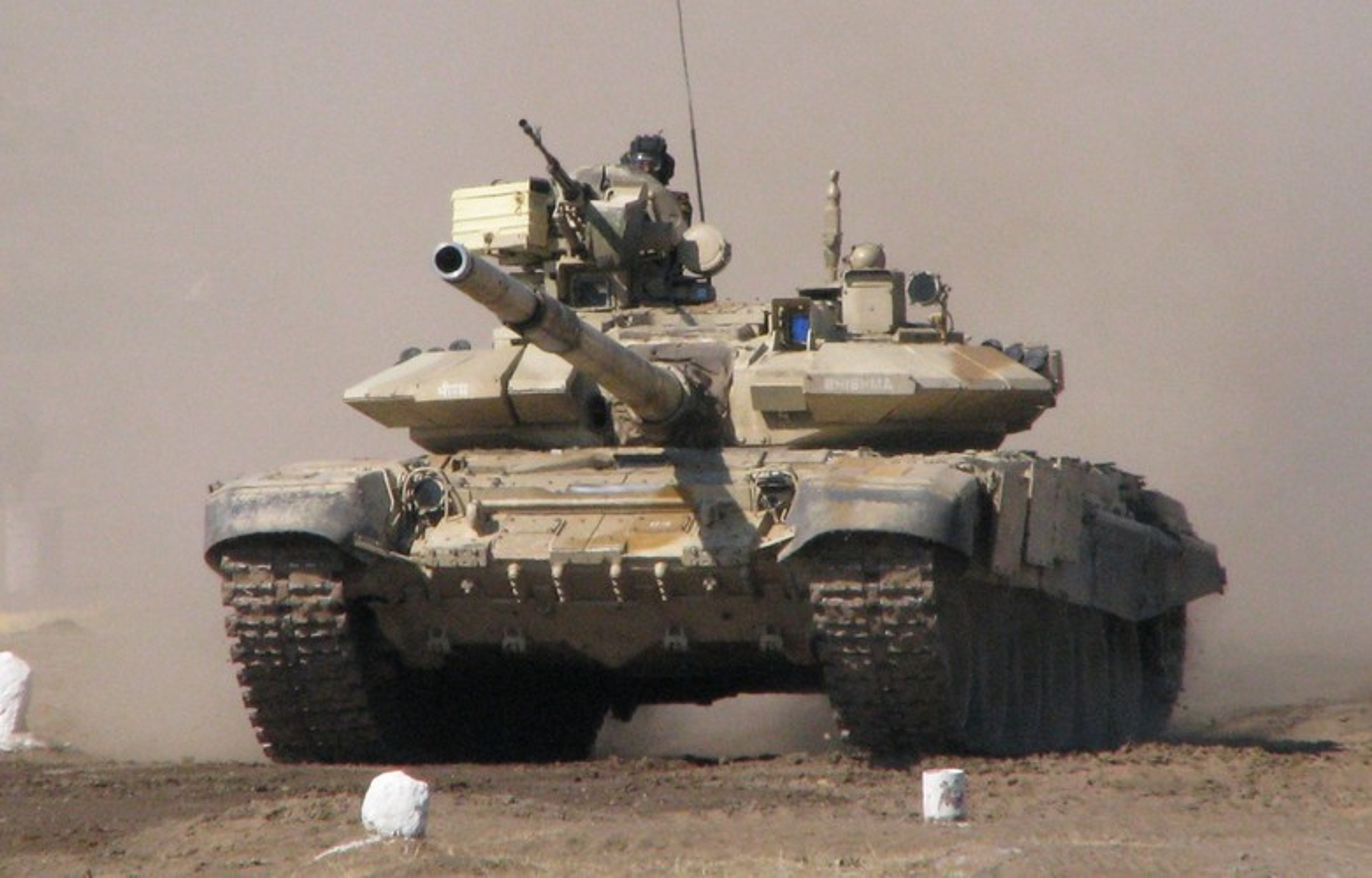 Lo linh Trung Quoc vuot bien gioi, An Do trien khai 12 xe tang T-90-Hinh-13
