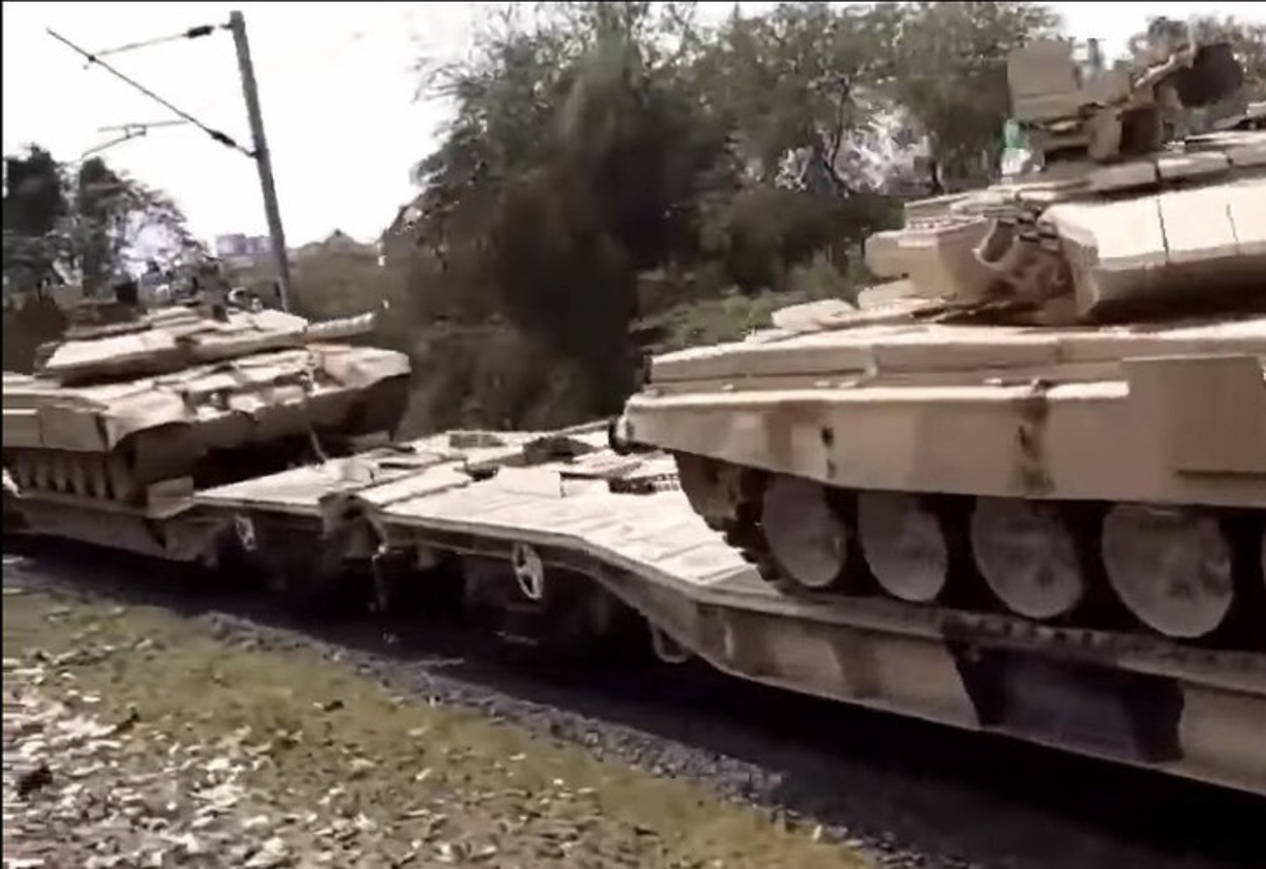 Lo linh Trung Quoc vuot bien gioi, An Do trien khai 12 xe tang T-90-Hinh-18