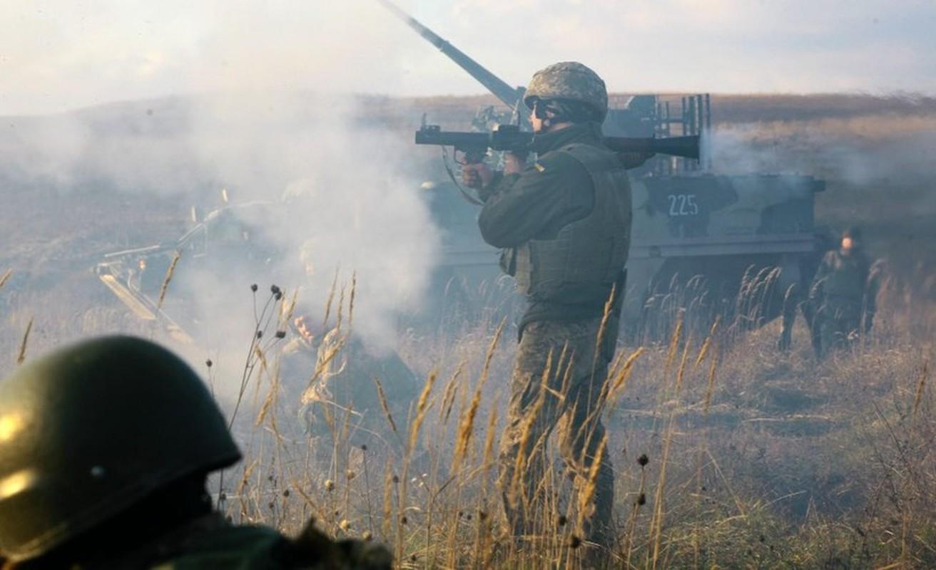 Quan doi Ukraine bat ngo nhung tay vao chien su Armenia - Azerbaijan-Hinh-10