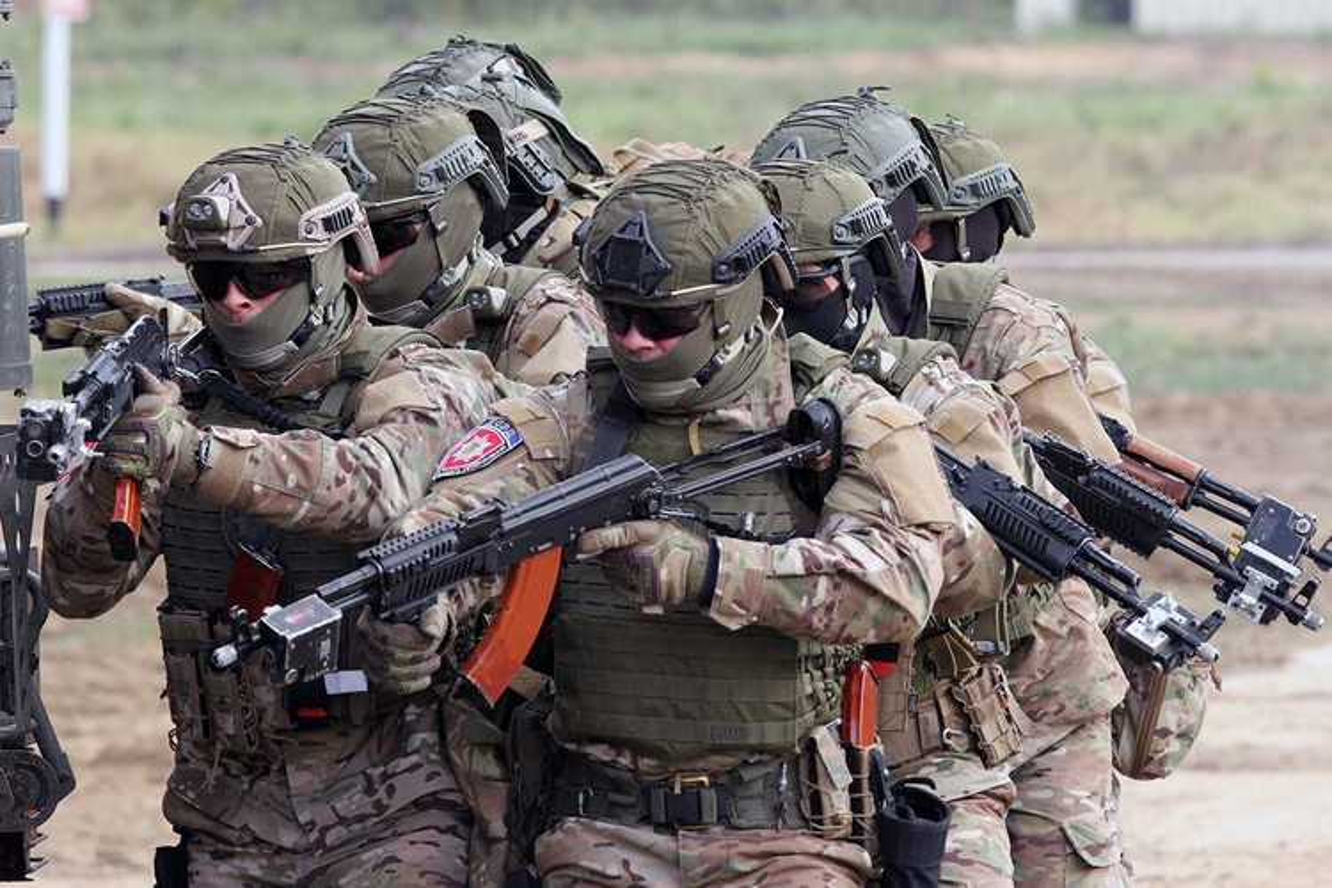 Quan doi Ukraine bat ngo nhung tay vao chien su Armenia - Azerbaijan-Hinh-9