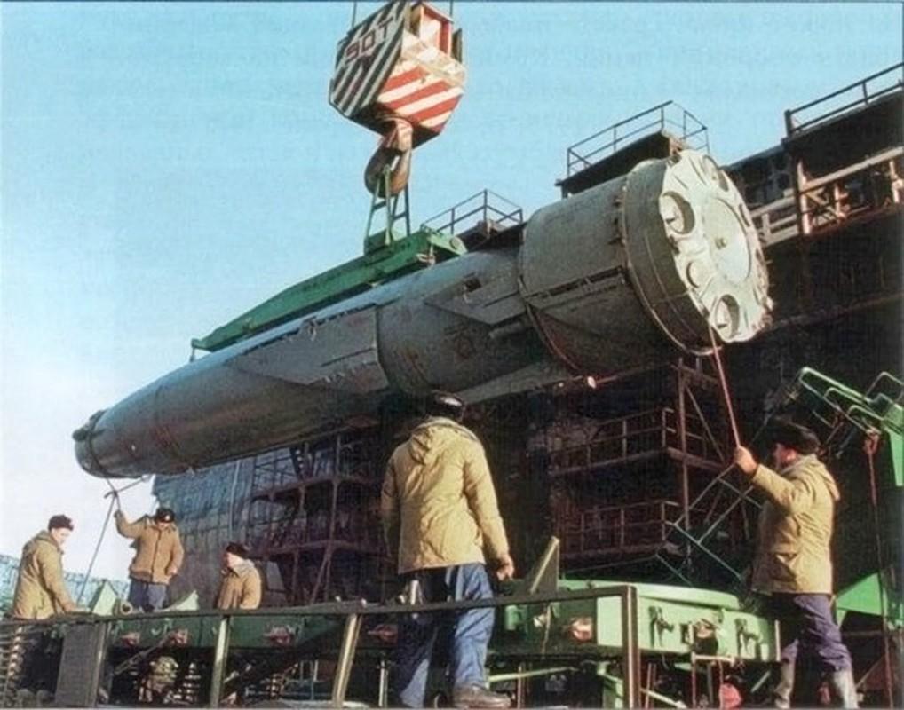 Ten lua P-700 Granit tren tau san bay Nga: Loi bat cap hai-Hinh-3