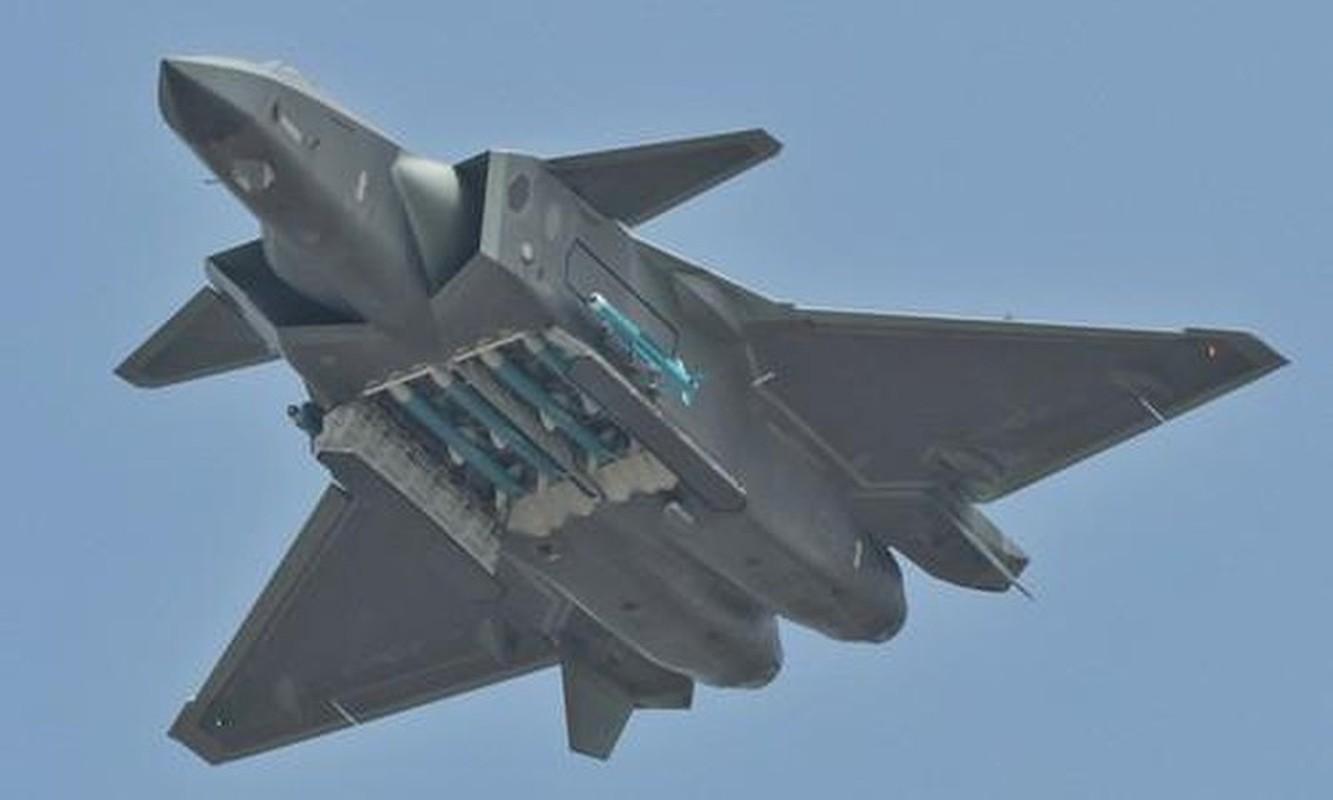 Trung Quoc bi mat dua tiem kich J-20 len bien gioi sat An Do-Hinh-11