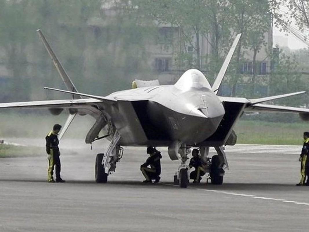 Trung Quoc bi mat dua tiem kich J-20 len bien gioi sat An Do-Hinh-2