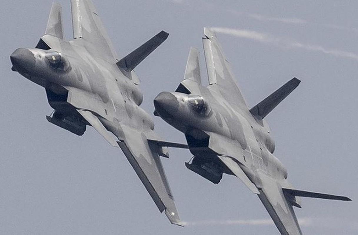 Trung Quoc bi mat dua tiem kich J-20 len bien gioi sat An Do-Hinh-4