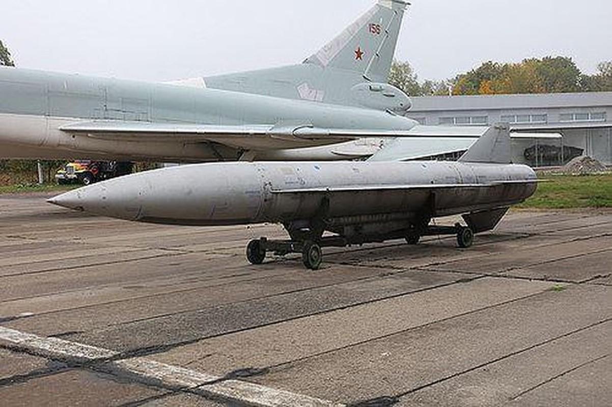 Tu huy loat may bay Tu-22 va ten lua Kh-22: Noi tiec nuoi cua Ukraine-Hinh-26