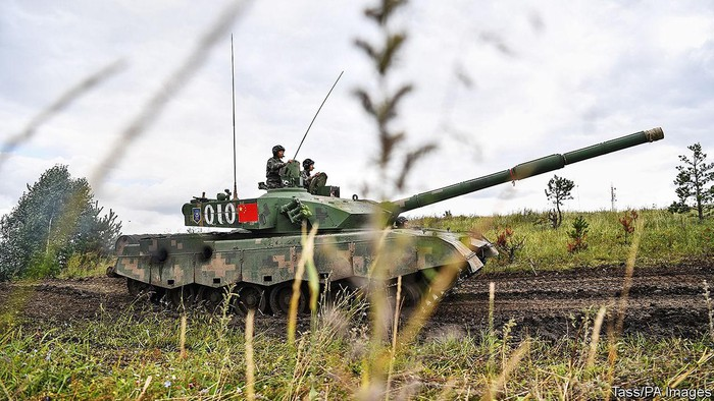Trung Quoc dua yeu sach doi Nga ban giao Vladivostok: Nguy co xung dot quan su-Hinh-5