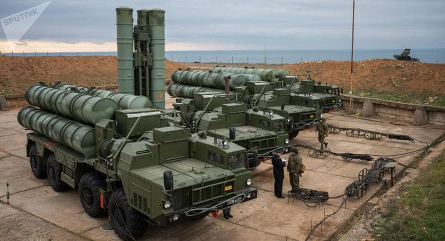 S-400 Nga phong loi, dan ten lua roi xuong dau quan nhan tai Army 2020-Hinh-10