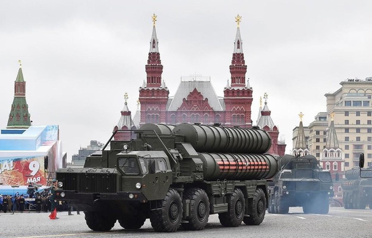 S-400 Nga phong loi, dan ten lua roi xuong dau quan nhan tai Army 2020-Hinh-12
