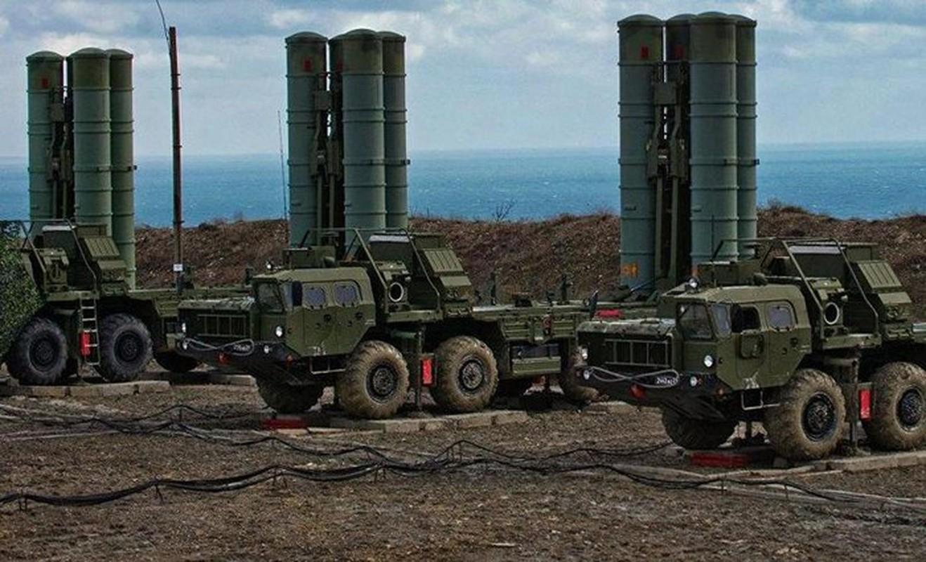 S-400 Nga phong loi, dan ten lua roi xuong dau quan nhan tai Army 2020-Hinh-9