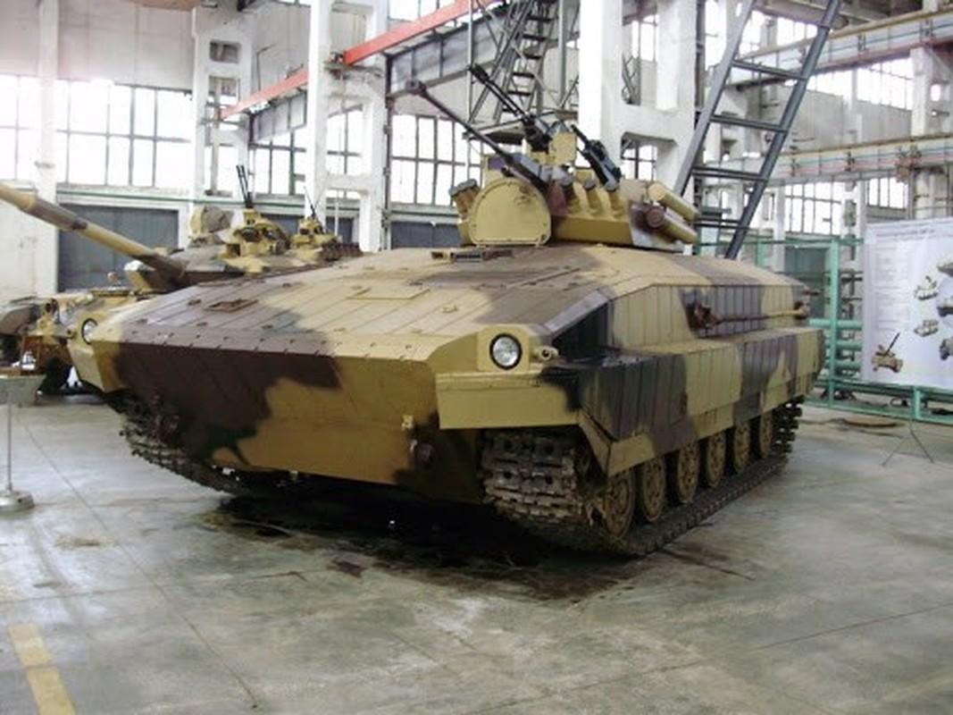 Vi sao loat thiet giap Ukraine che tu tang T-80 bi chon vui mai mai-Hinh-3