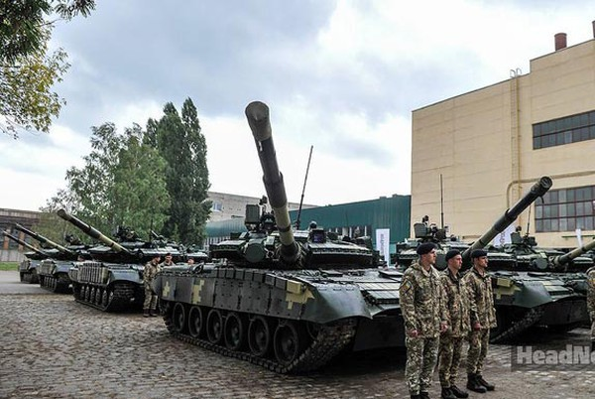 Vi sao loat thiet giap Ukraine che tu tang T-80 bi chon vui mai mai-Hinh-6