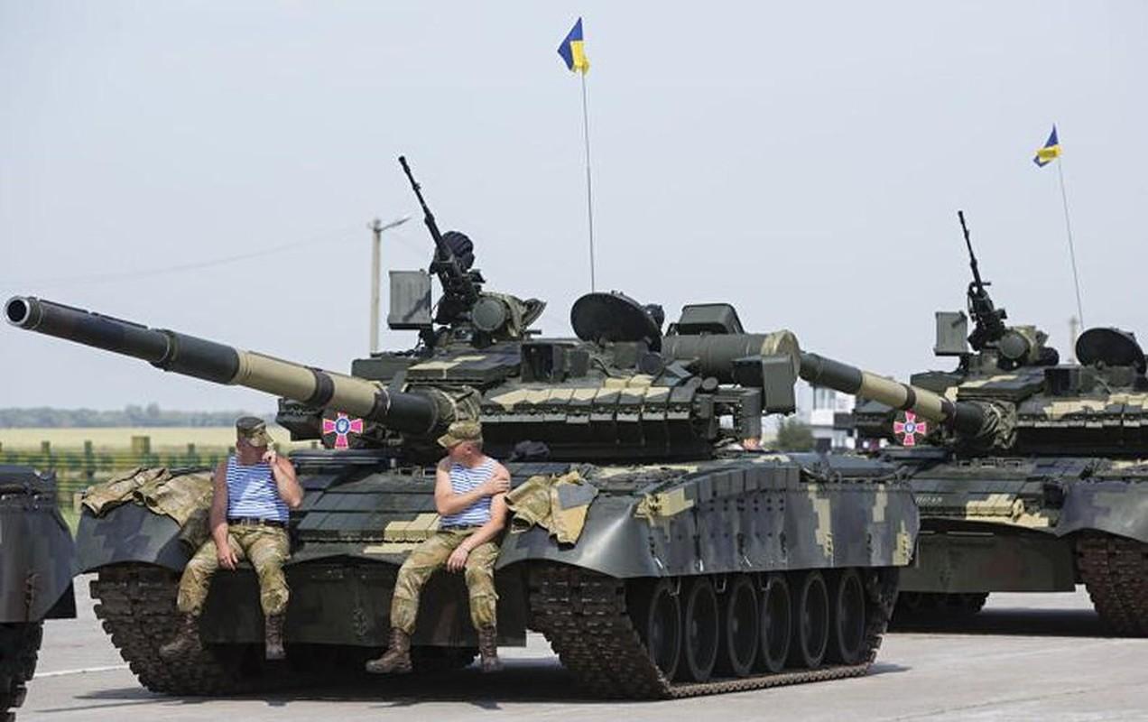 Vi sao loat thiet giap Ukraine che tu tang T-80 bi chon vui mai mai-Hinh-7