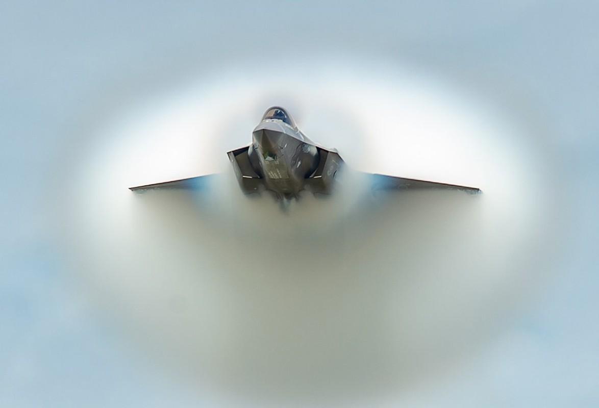 Tiem kich F-35A huy dien tap vi so set, vi sao Nga cuoi tham?-Hinh-14