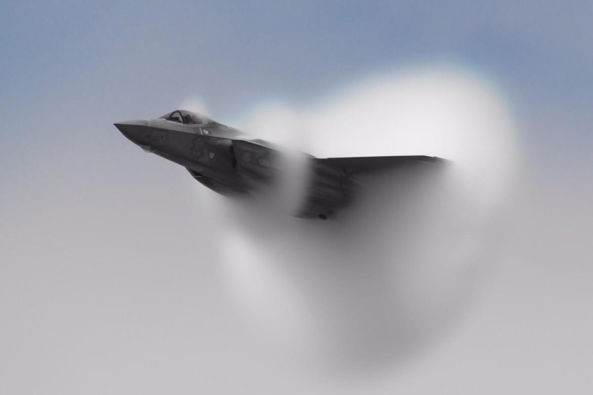 Tiem kich F-35A huy dien tap vi so set, vi sao Nga cuoi tham?-Hinh-2