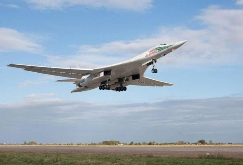 Ky luc tam bay cua Tu-160 Nga cha la gi so voi B-52 My?-Hinh-11