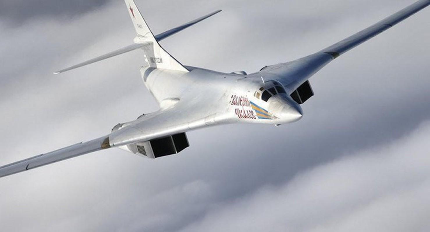 Ky luc tam bay cua Tu-160 Nga cha la gi so voi B-52 My?-Hinh-12