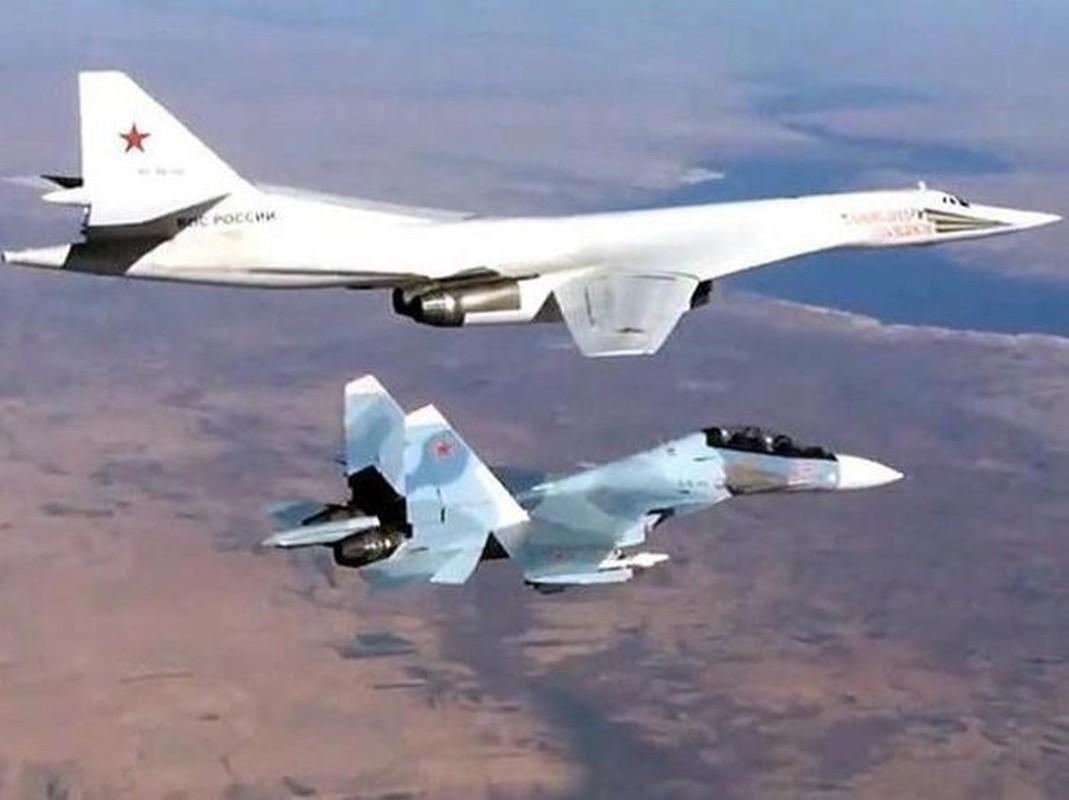 Ky luc tam bay cua Tu-160 Nga cha la gi so voi B-52 My?-Hinh-14