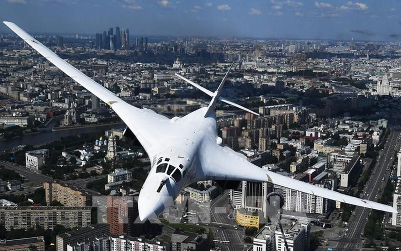 Ky luc tam bay cua Tu-160 Nga cha la gi so voi B-52 My?-Hinh-2