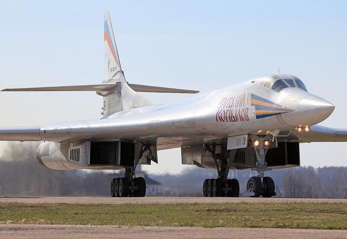 Ky luc tam bay cua Tu-160 Nga cha la gi so voi B-52 My?-Hinh-3