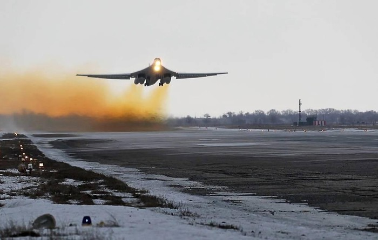 Ky luc tam bay cua Tu-160 Nga cha la gi so voi B-52 My?-Hinh-4