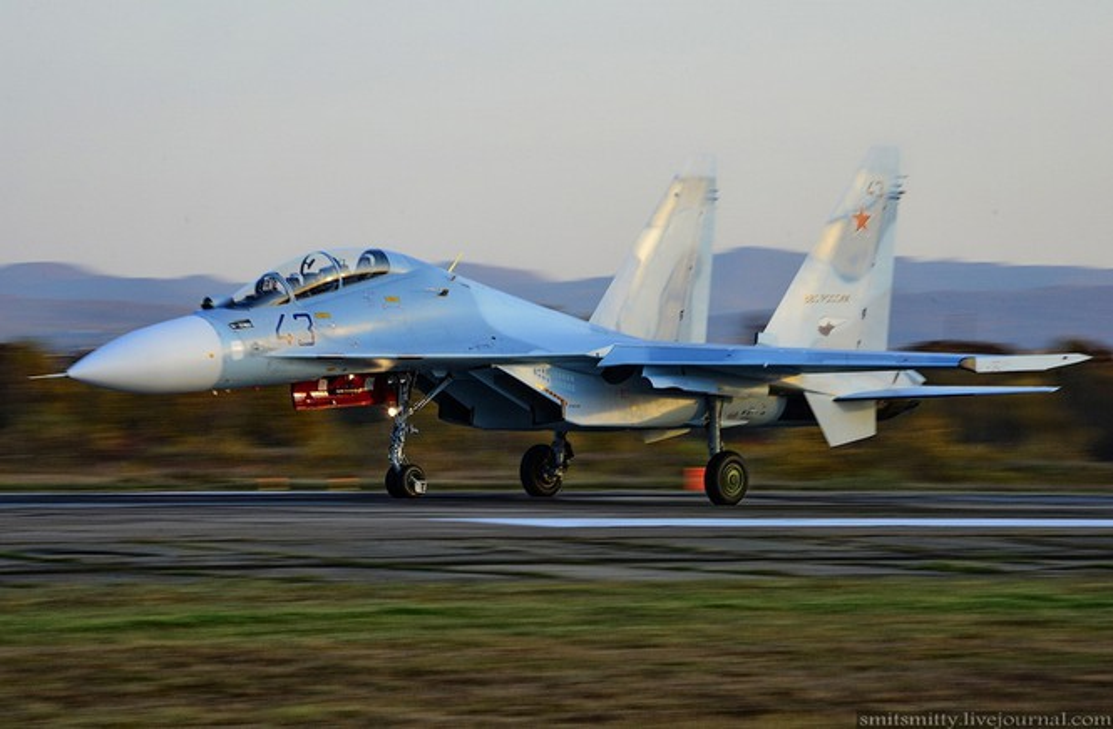 Da ro bien the Su-30 bi Su-35S ban nham trong tap tran o Nga-Hinh-6