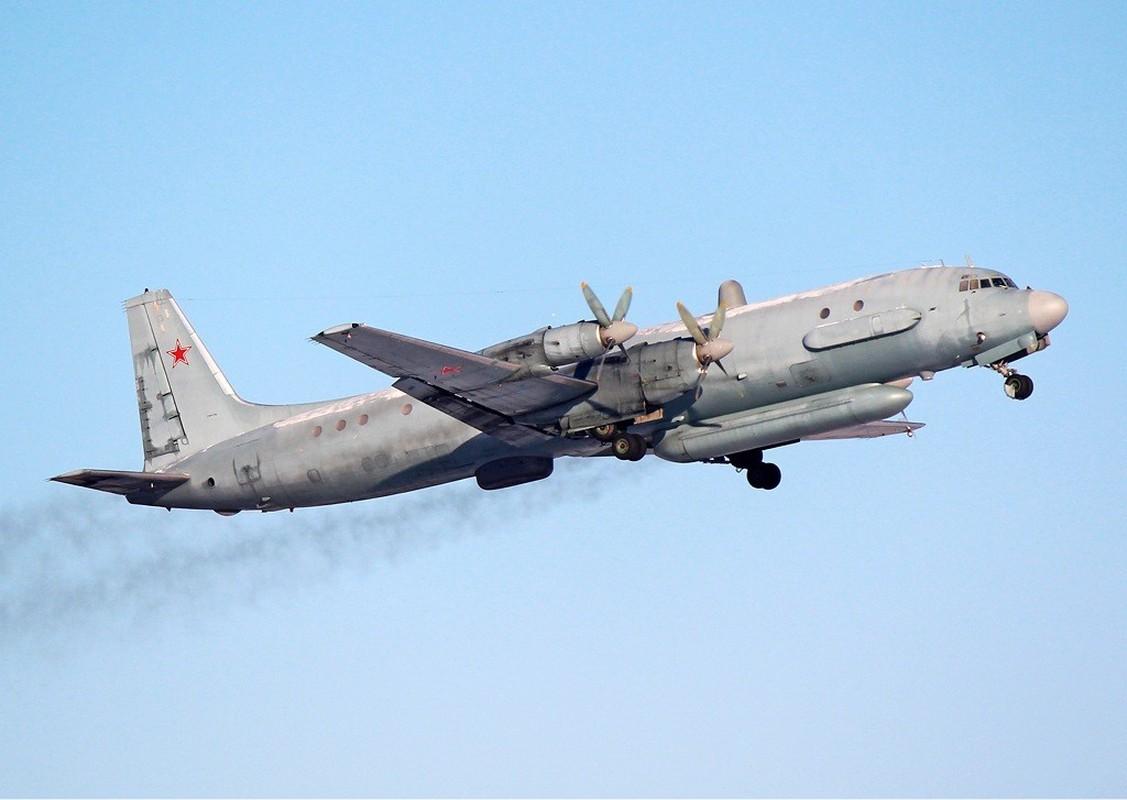 Phi cong Su-27 Ukraine tung suyt ban roi Il-20 cua Nga nhu the nao?-Hinh-13