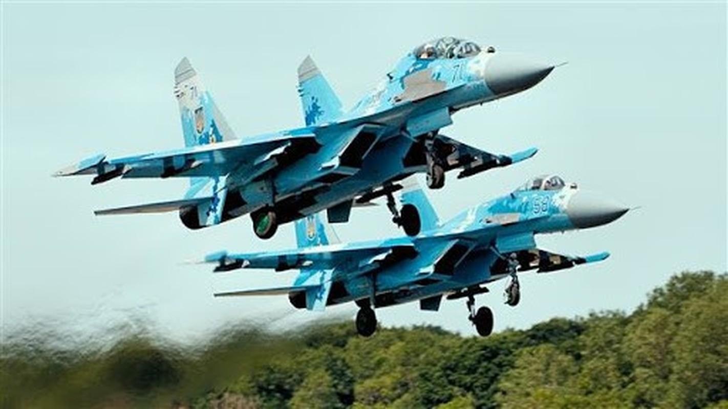 Phi cong Su-27 Ukraine tung suyt ban roi Il-20 cua Nga nhu the nao?-Hinh-2