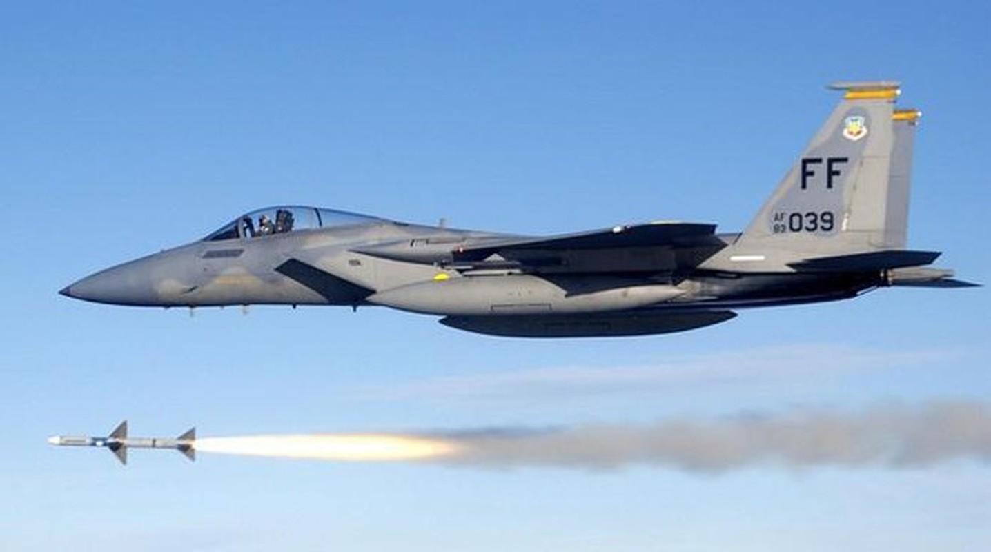 Ly giai vu F-15C xa het ten lua gia 4,5 trieu USD xuong bien-Hinh-5