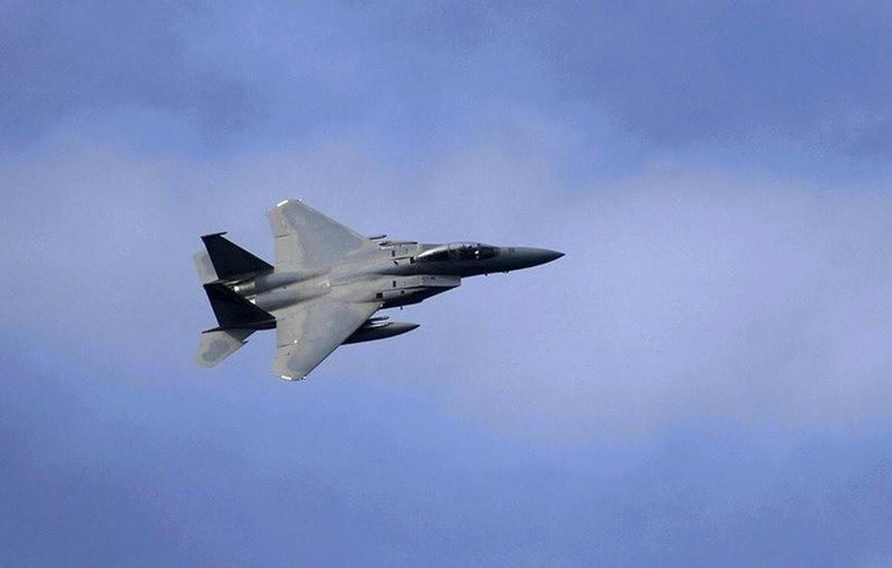 Ly giai vu F-15C xa het ten lua gia 4,5 trieu USD xuong bien-Hinh-6