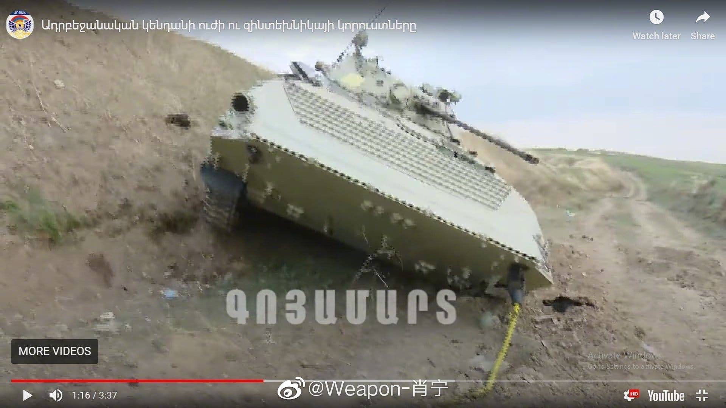 Nghi van Azerbaijan mat 30 xe tang sau 12 gio dung do voi Armenia-Hinh-9