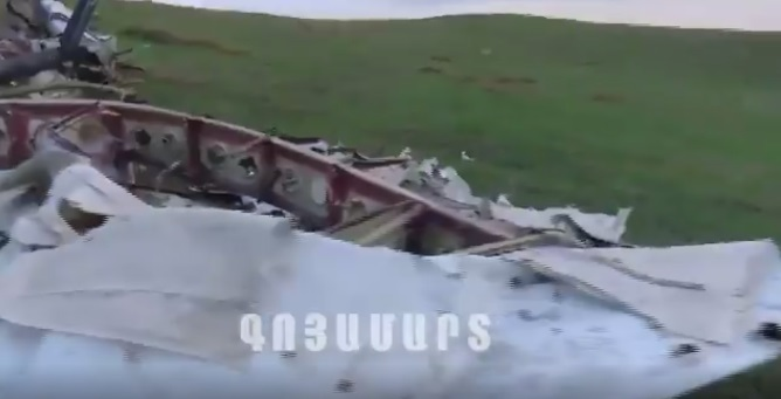 Hai hung truc thang Azerbaijan bi xe vun, nghi ten lua Buk la