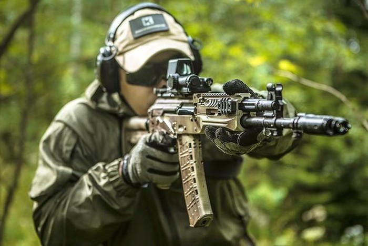 AK-19 co giup huyen thoai Kalashnikov tao vi the trong chien tranh hien dai?-Hinh-6