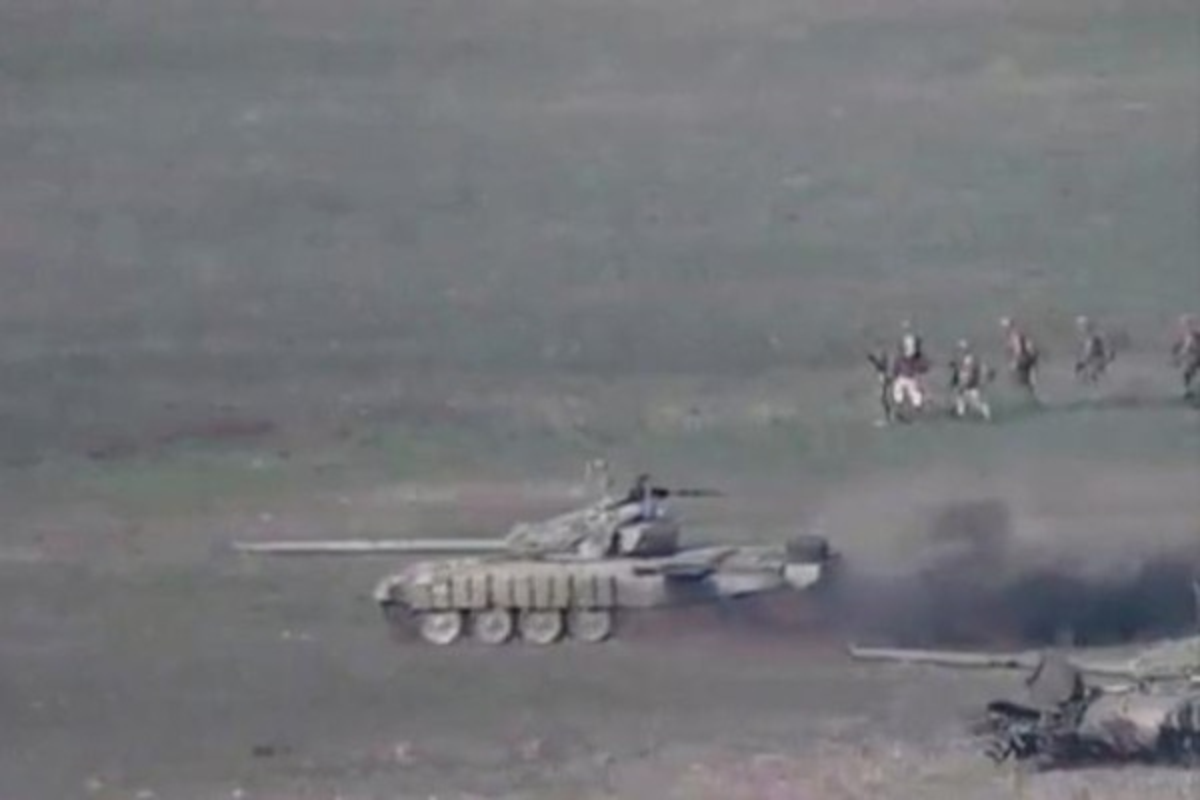 Toan canh 3 ngay dung do dam mau giua Armenia va Azerbaijan qua anh-Hinh-2