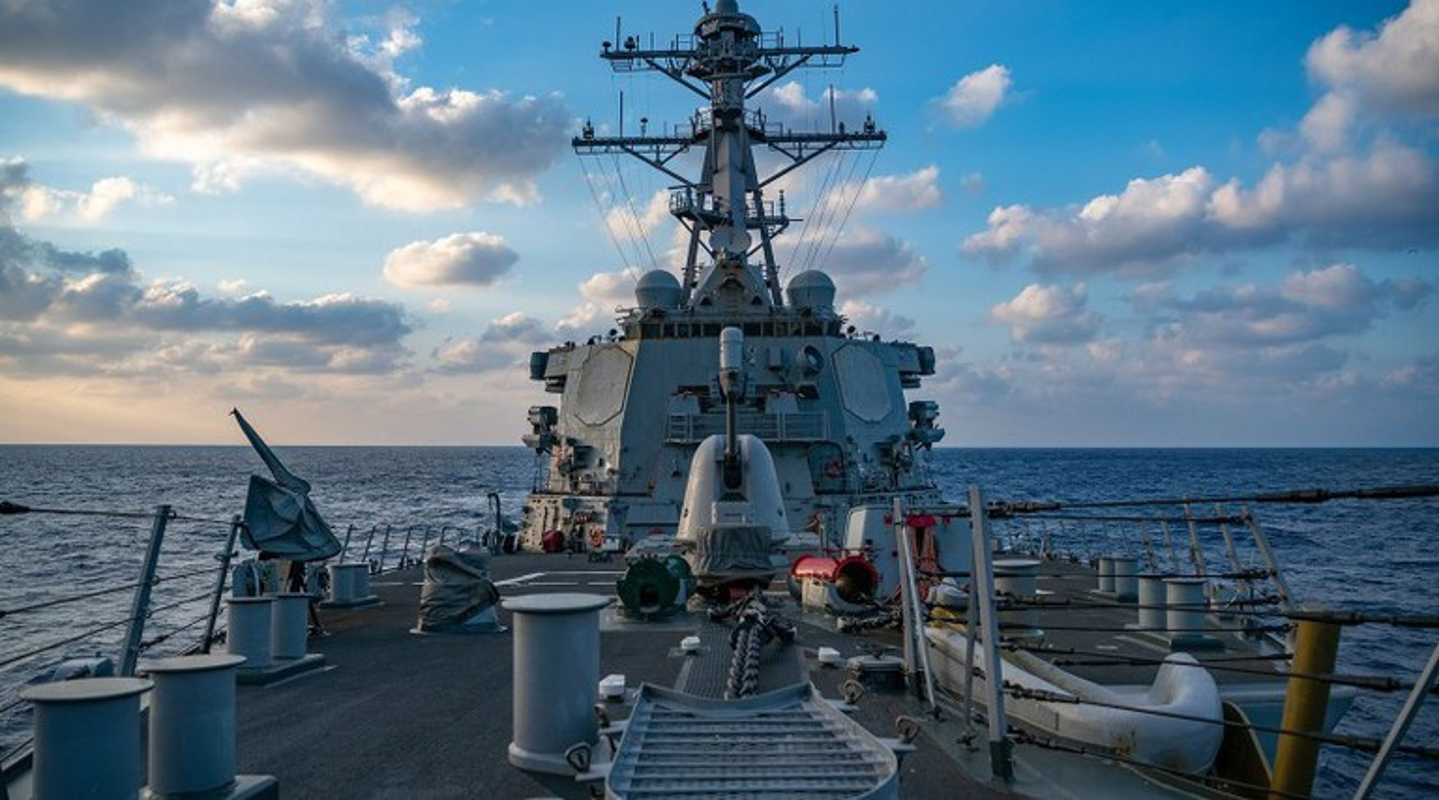 Khu truc ham USS Barry tro lai Bien Dong lam nhiem vu gi?-Hinh-3